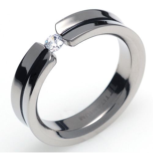 TQ-205 DIA - TATIAS, Titanium Ring with Diamond