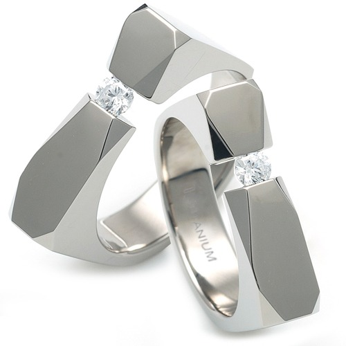 T-985 DIA CO - TATIAS, Titanium Couple Ring