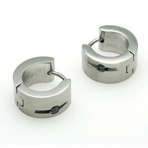 TEE-928 - TATIAS, Titanium Earrings or Ear Piercings