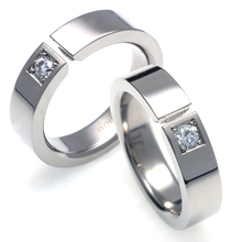 TW-737 DIA CO - TATIAS, Titanium Couple Ring