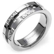 T-372 DIA - TATIAS, Titanium Ring with Diamond